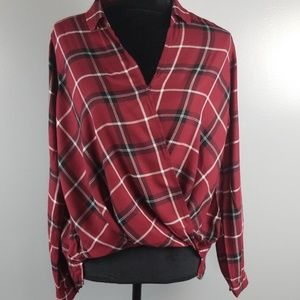 Hollister plaid crossover, size M, NWT